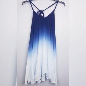 Entro dress - blue to white gradient ombre